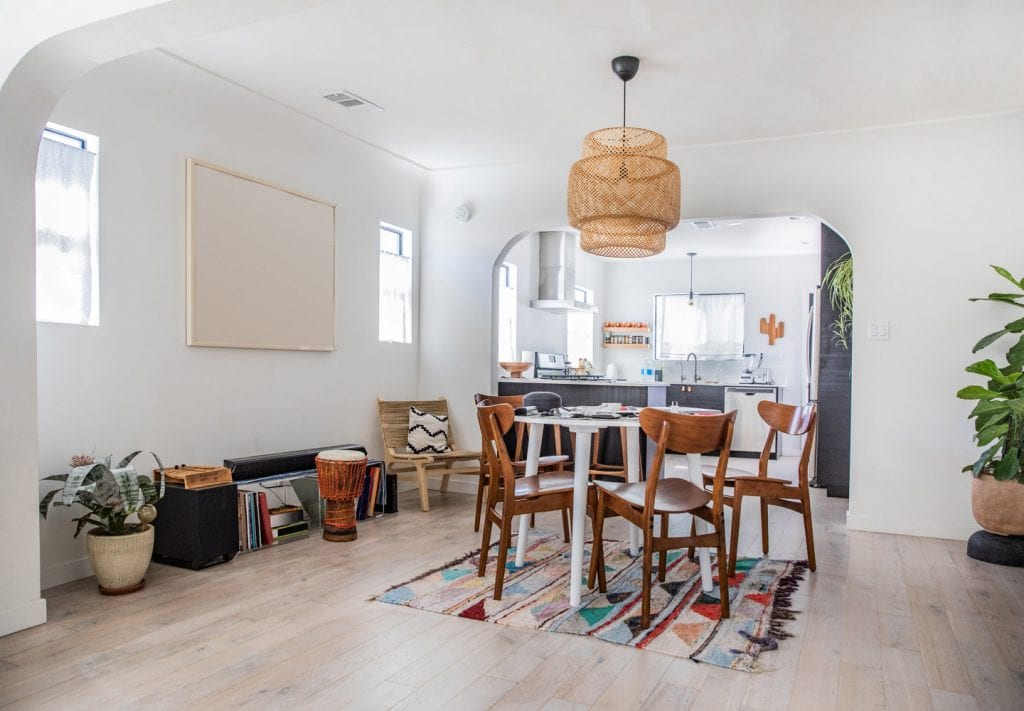 L.A. Moving Guide: How to Find an Apartment in Los Angeles