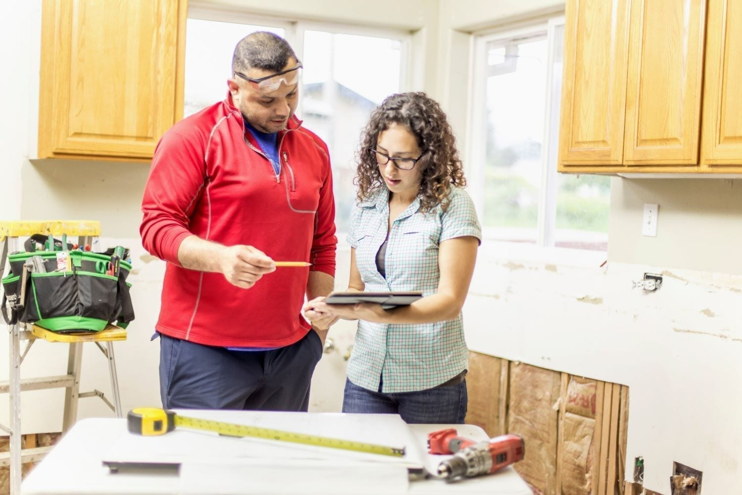 How To Hire Contractors For Home Renovations