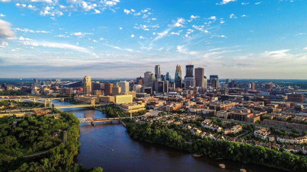 Minneapolis, MN skyline with river